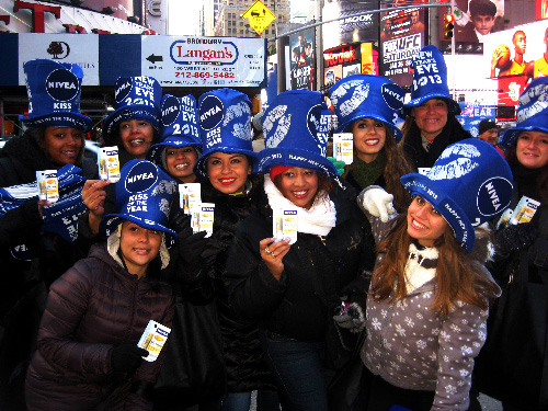 NIVEA | NYE STREET TEAM DISTRIBUTION