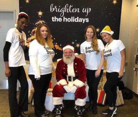Sprint | Santa's Helpers Photo Opportunity